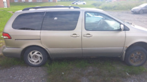 2001 toyota sienna ( on road/daily driver)