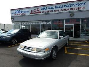 1996 Ford Crown Victoria NO ACCIDENTS  IT'S BEING (SOLD AS IS)