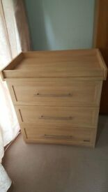 Mamas & papas Dresser with changer.