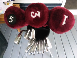 Mens steel shaft R/H. Wilson's Ravens Golf Set