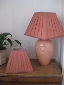 Table lamp with two shades
