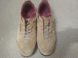 Gat trainers size 10