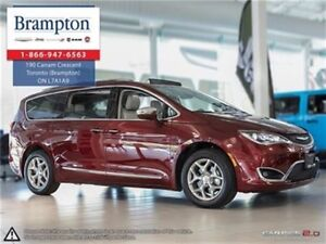 2017 Chrysler Pacifica Limited | Nav | Backup Cam | Leather |
