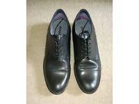 Men's shoes - size 10 - black - formal