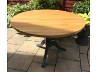 Solid Oak Circular Dining Table, Excellent