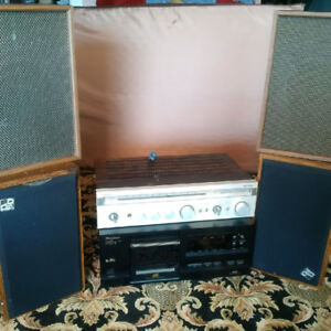 Stereo - 25 CD Player, Recevier/Amp, 4 Speakers