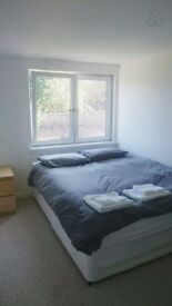 Bills included. Sunny double room in a modern Student 5-bed flat. Next to University of Aberdeen!