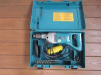 Makita 110v Diamond Core Drill - Model 8406