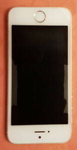 iPhone 5s 16Gb Très bonne condition/ Very good condition