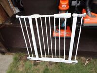 """no 13 ) lindam stair gate with fittings 33 """" wide this one"""