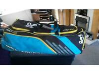 Kookaburra pro 400 wheeled cricket bag.