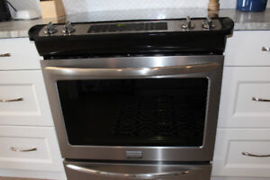 Frigidaire Gallery Stainless Steel Slide-In Induction Range