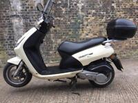 FULLY WORKING 2011 Peugeot vivacity 125cc scooter learner legal 125 cc