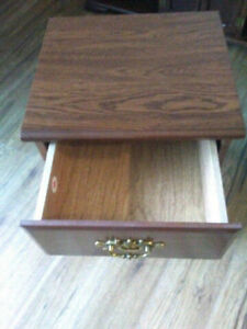Wooden End Table/Side Table