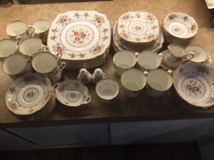 Royal Albert Petit Point collection