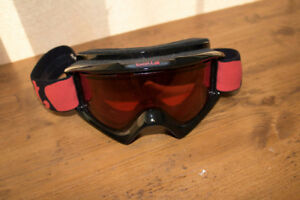 BOLLE Red Goggles