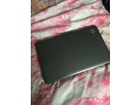 Broken HP Laptop! Can be used for spare parts!