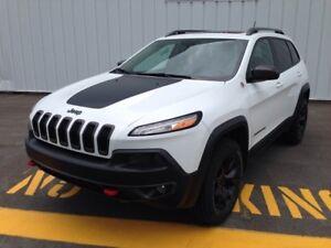 2014 Jeep Cherokee 4WD Trailhawk Leather + Navigation w/ Ext. wa