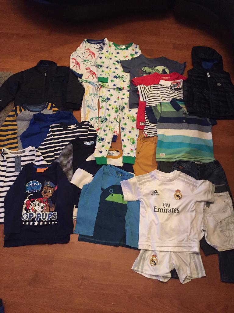 Next jacket, next body warmer, 7 long tops, 4 tshirts, 3 trousers, 2 pyjamasin Maryhill, GlasgowGumtree - Next jacket, next body warmer, 7 long tops, 4 tshirts, 3 trousers, 2 pyjamas, Real Madrid strip All next or H&M