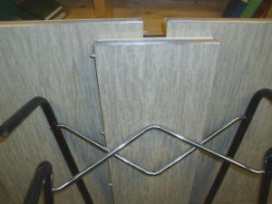 RETRO GREY/WHITE PATTERN KITCHEN TABLE