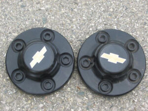 Pair of 2 Chevy Black Center Caps Used, in great shape