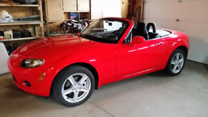 2008 Mazda MX-5 Miata Red Convertible