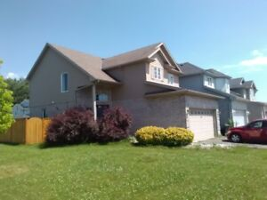 Smithen rd 3 Bedroom House for professional family! a must see!