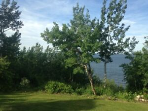 Lake Front Year Round Country LIving Acreage