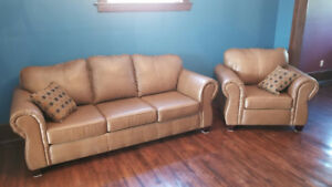 COUCH & SOFA SET - NEW