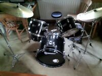 Used 5 piece Drum kit, with 2 cymbals and hi-hat. good condition except for well used skins.