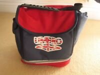 COOL BAG IN NAVY & RED