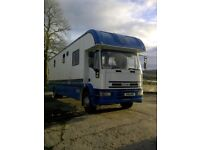 Ford Iveco Horse Lorry Stalled for 4, side loading