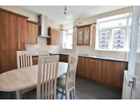 SUPERB 2/3 DOUBLE BEDROOM APARTMENT WITH BALCONY MOMENTS FROM KENTISH TOWN UNDERGROUND STATION