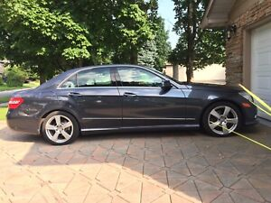 2011 Mercedes Benz E350 4Matic One Owner LOW KMS