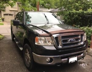 2008 4x4 Ford F-150 Truck!  NEED TO SELL ASAP!