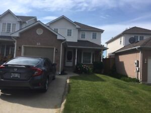 Barrie, 3 bedroom, finished basement and pool