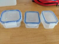 Food containers for toddlers - babies - used - very good condition