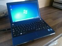 LOOK Samsung Windows 7 Netbook/Laptop in Perfect working order.
