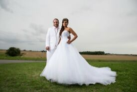 Cheap Wedding Photography at only £75 per hour covering Cambridge, Peterborough and Cambs area