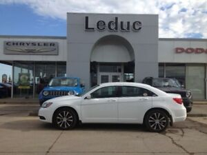 2014 Chrysler 200 Touring S with Heated front seats and Remote S