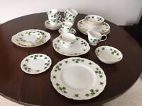 Colclough Ridgway Potteries IVY LEAF 8143 Tea/Dinner Service