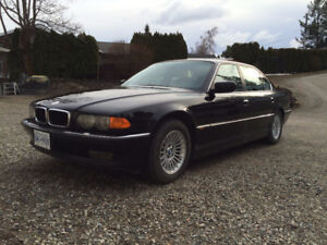 *** BMW 740iL Luxury Sedan ***