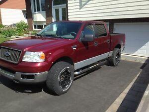 Ford f 150 xlt 2005 7000$