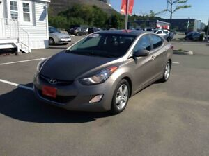 2013 Hyundai Elantra GLS..$119 B/W..PWR ROOF..BLUETOOTH..HEATED