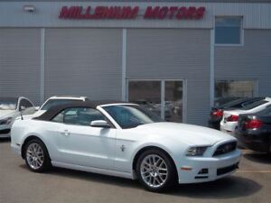 2014 Ford Mustang V6 PPREMIUM CONVERTIBLE / 6-SPEED / LEATHER