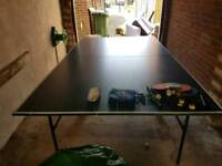 Table tennis with nets/paddles