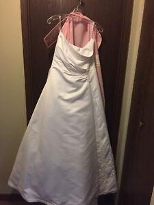 Size 16 wedding dress... professionally cleaned!