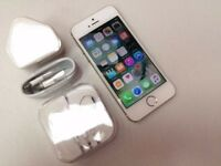 Boxed & 32 gb iPhone 5S, White/Gold, O2 network, Can deliver