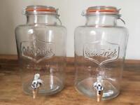 2 large drink dispenser jugs (7.6L)