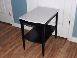 RE-FINISHED table (black with light grey top)